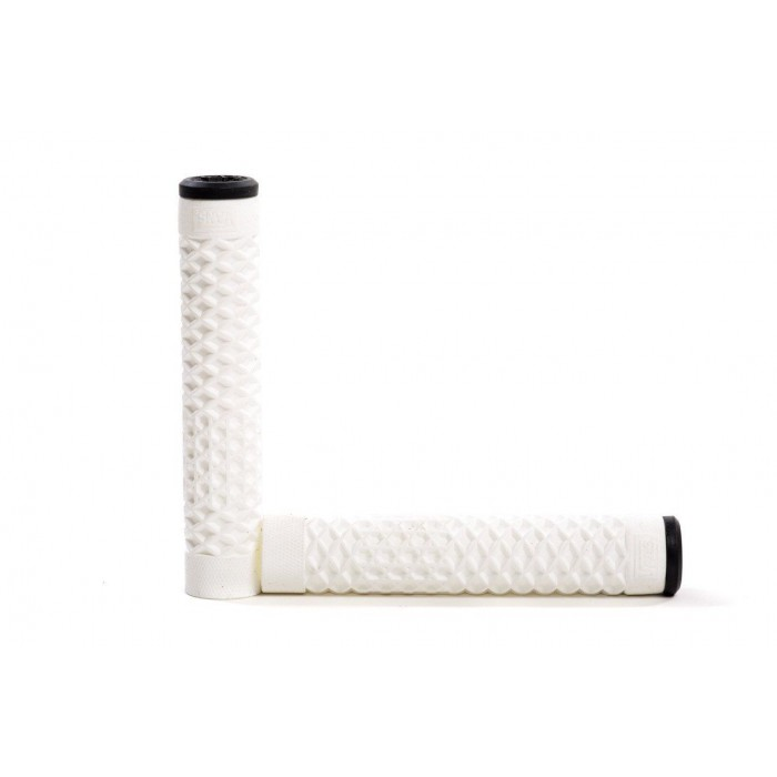VANS x CULT WAFFLE GRIPS WHITE